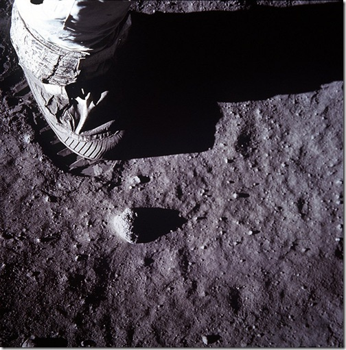 Footprint-620_1445465i