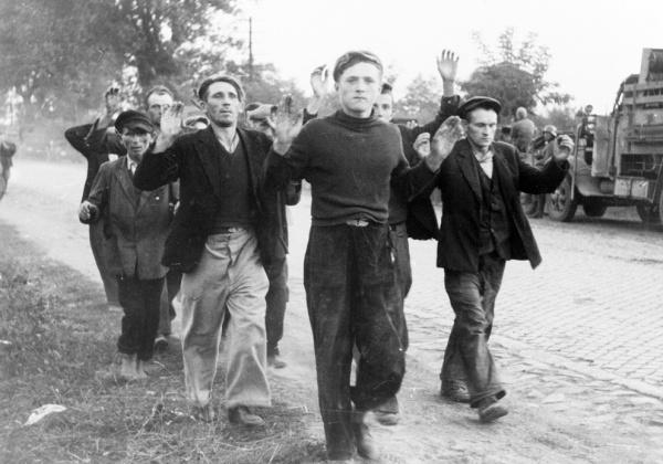 Civis polacos prisioneiros da Alemanha Nazi em 1939
